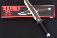 Rambo-first-blood-part-2-knife-with-box